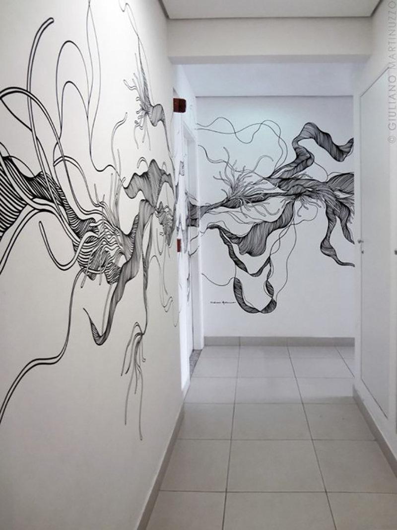 Гифки, рисунки карандашом прикольные цветы на стене в прихожей