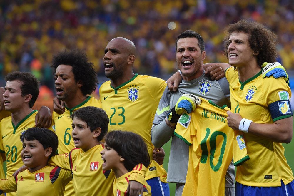 футболисты сборной бразилии список и фото было