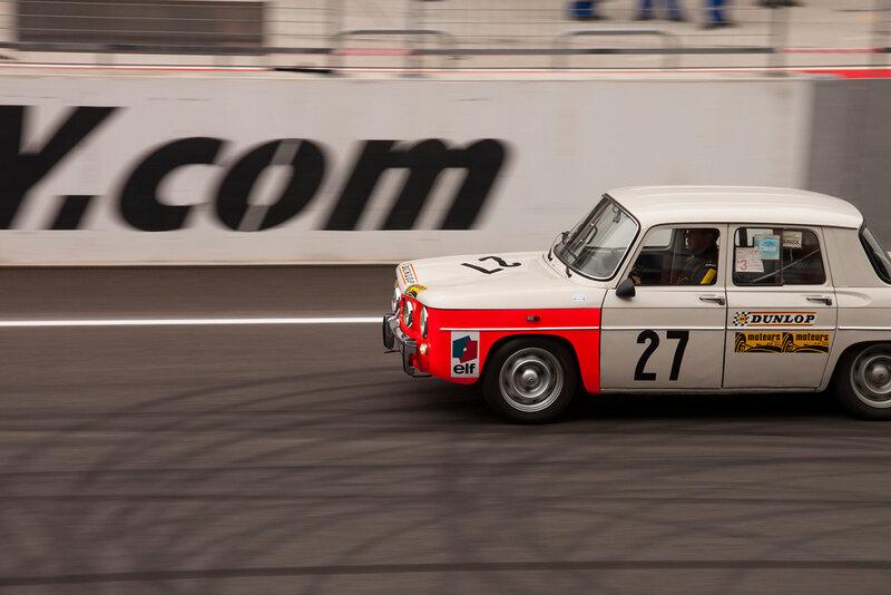 Я слежу за Формулой 1 с 1998 года. Постепенно, помимо королевы автоспорта, мое внимание привлекали и другие серии – младшие формулы, туринговые чемпионаты, прототипы и заокеанские серии. В те времена я и не мечтал, что какая-то серия приедет с этапом в Россию.