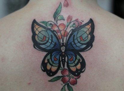 Что лучше – цветная или монохромная татуировка? На этот вопрос нет однозначного ответа. Как выбрать место для цветной татуировки?