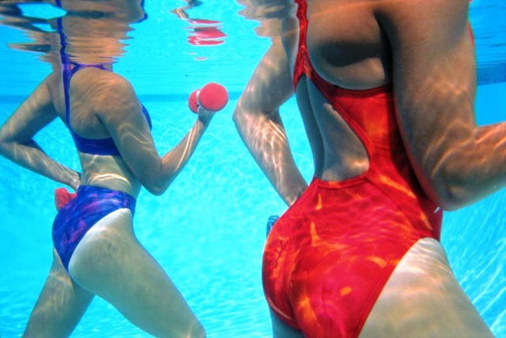 похудение от плавания