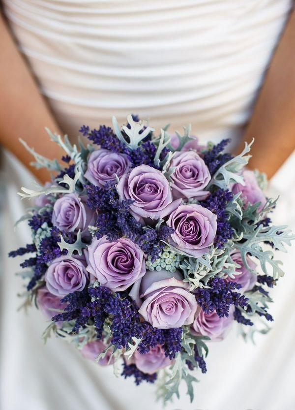 Свадебные букеты из сиреневых роз, роз москва цена