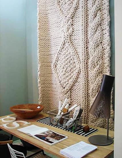 Вязанное панно для фото на стену