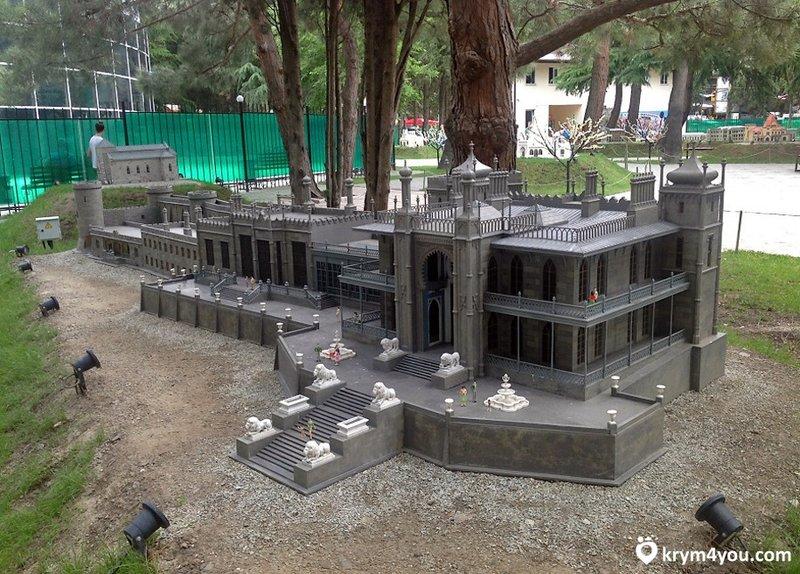 Парк миниатюр в Алуште - официальный сайт,  полное описание, фото, как добраться, цена билетов и расположение на карте