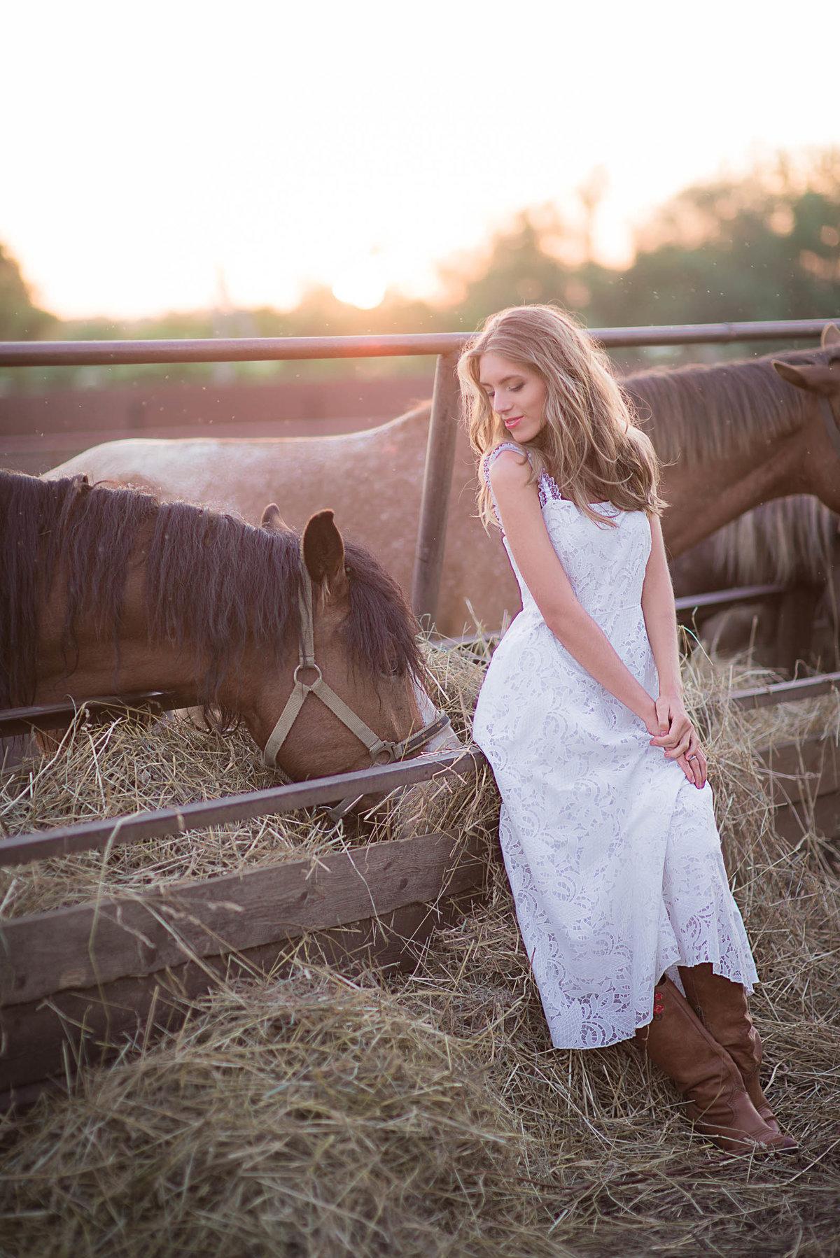 Фото в стиле кантри с лошадью