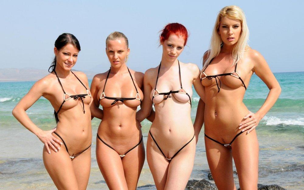 Девушки фото на пляже микро бикини голыми — pic 1