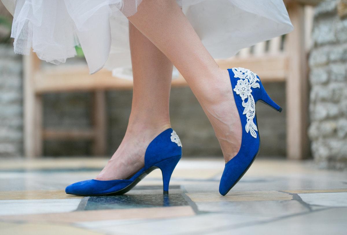 что, фото синих туфлей на каблуках использовать своей работе