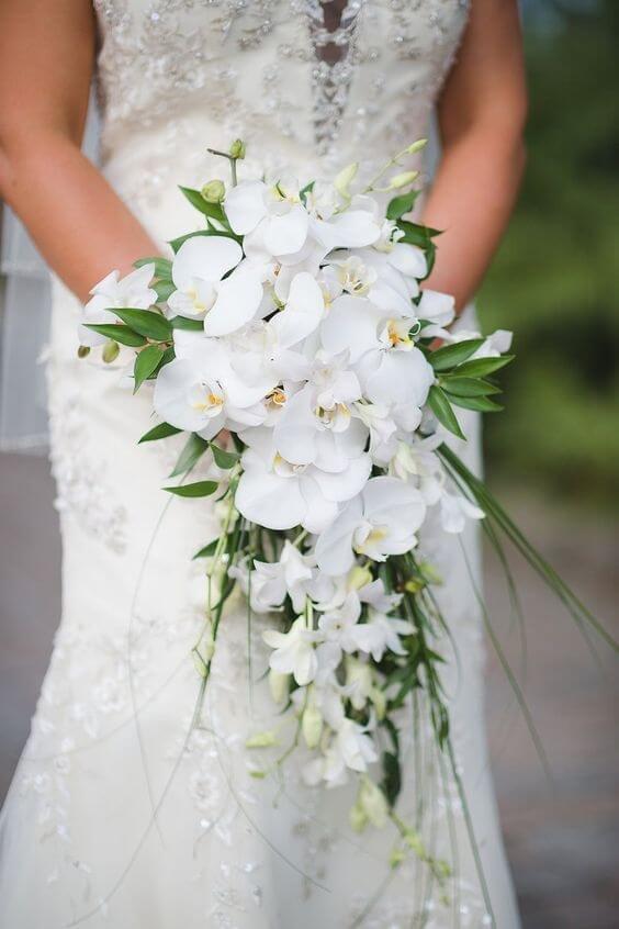 Букеты свадебные из орхидей, цветов подарков