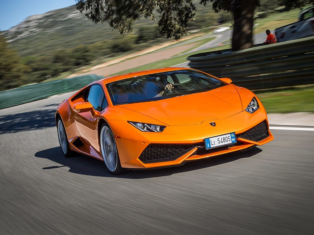 Driving the Huracán reveals a Gallardo replacement packed with considerably more refinements and a fierce side that still attacks when provoked.