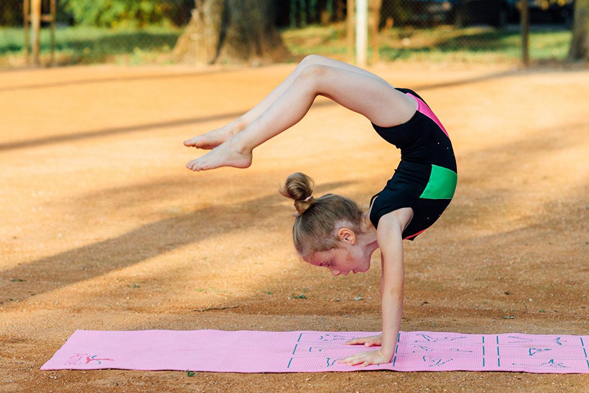 как гимнастика в обычных картинках драгоценных камней