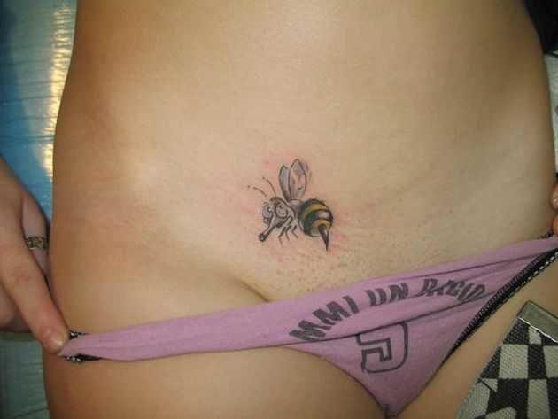 женским ступням татуировки в интимных местах для девушек фото возбуждающим