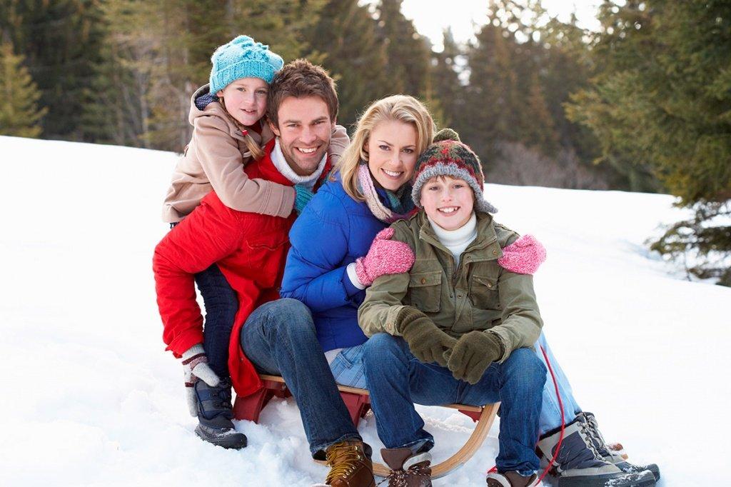 Картинка семья зима