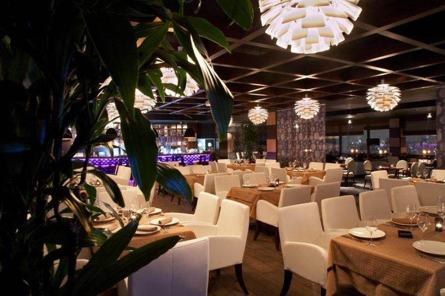 Калина бар москва фото