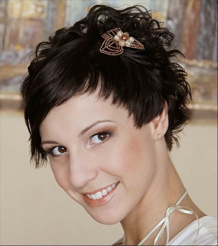 Прически из коротких волос на свадьбу картинки
