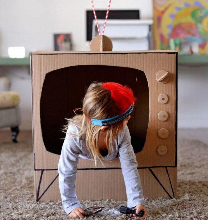 Дети как сделать из коробки 53