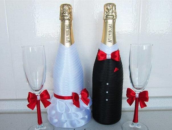 Красиво украсить шампанское на свадьбу