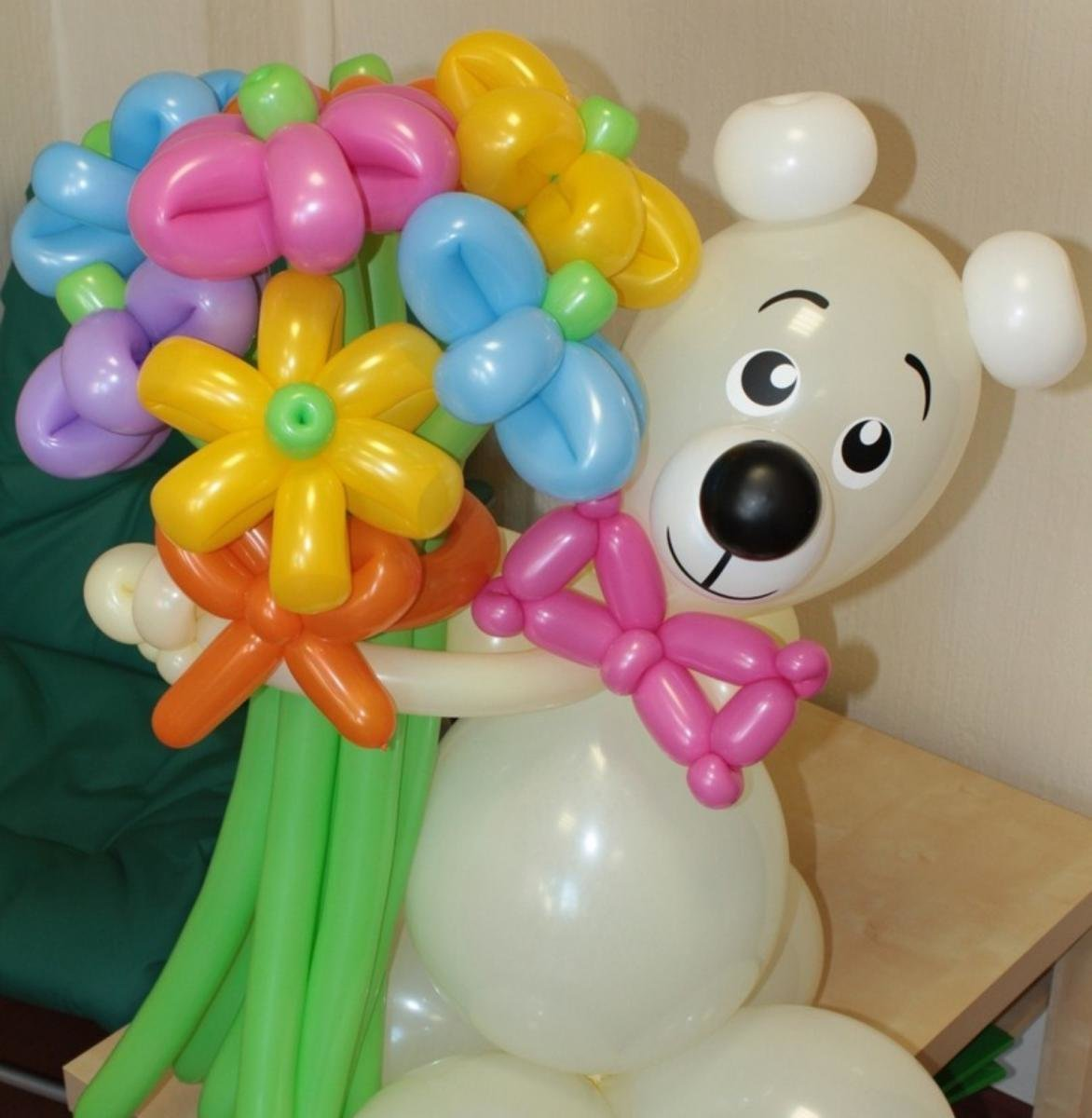 Оформление шарами Праздник детям!