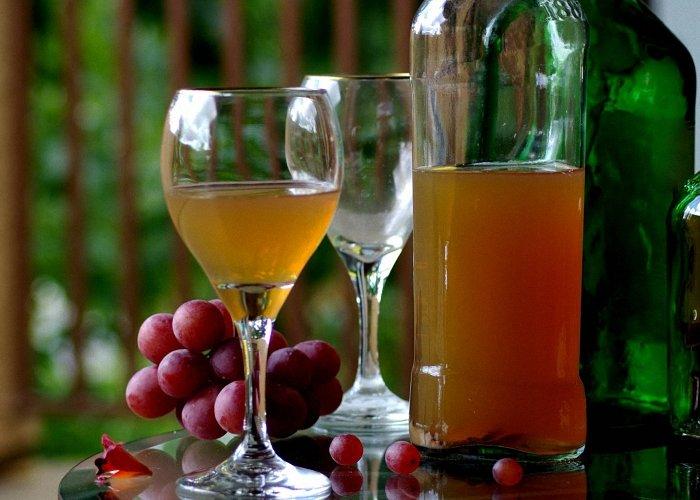 Как делать своими руками вино из