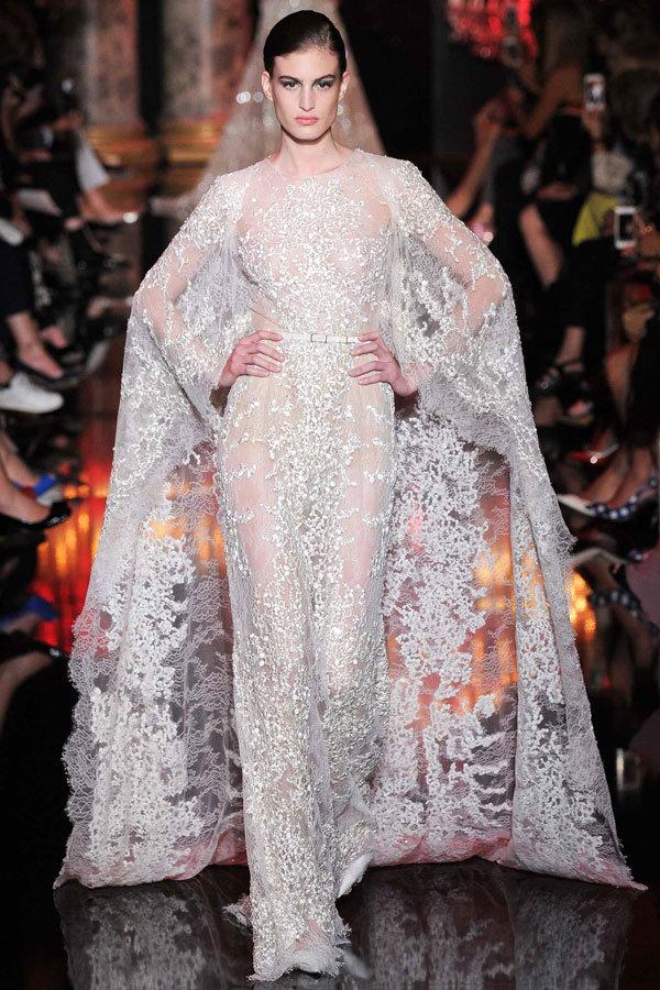 aaf69124588e2ee ... В разгар свадебного сезона перед вами собраны самые красивые  подвенечные платья с Недели Высокой моды в