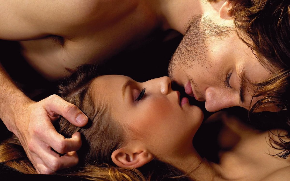 Картинки ты спишь а я тебя целую, своими
