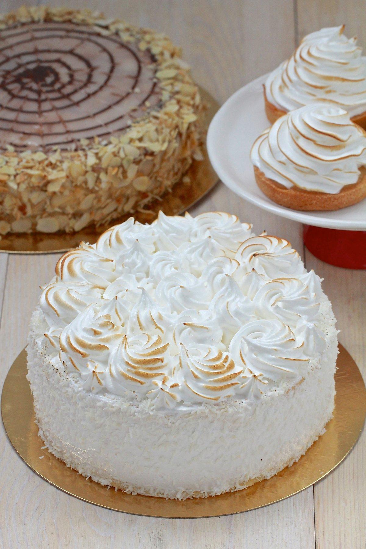 Закусочный торт из вафельных коржей рецепт фото лица красивые