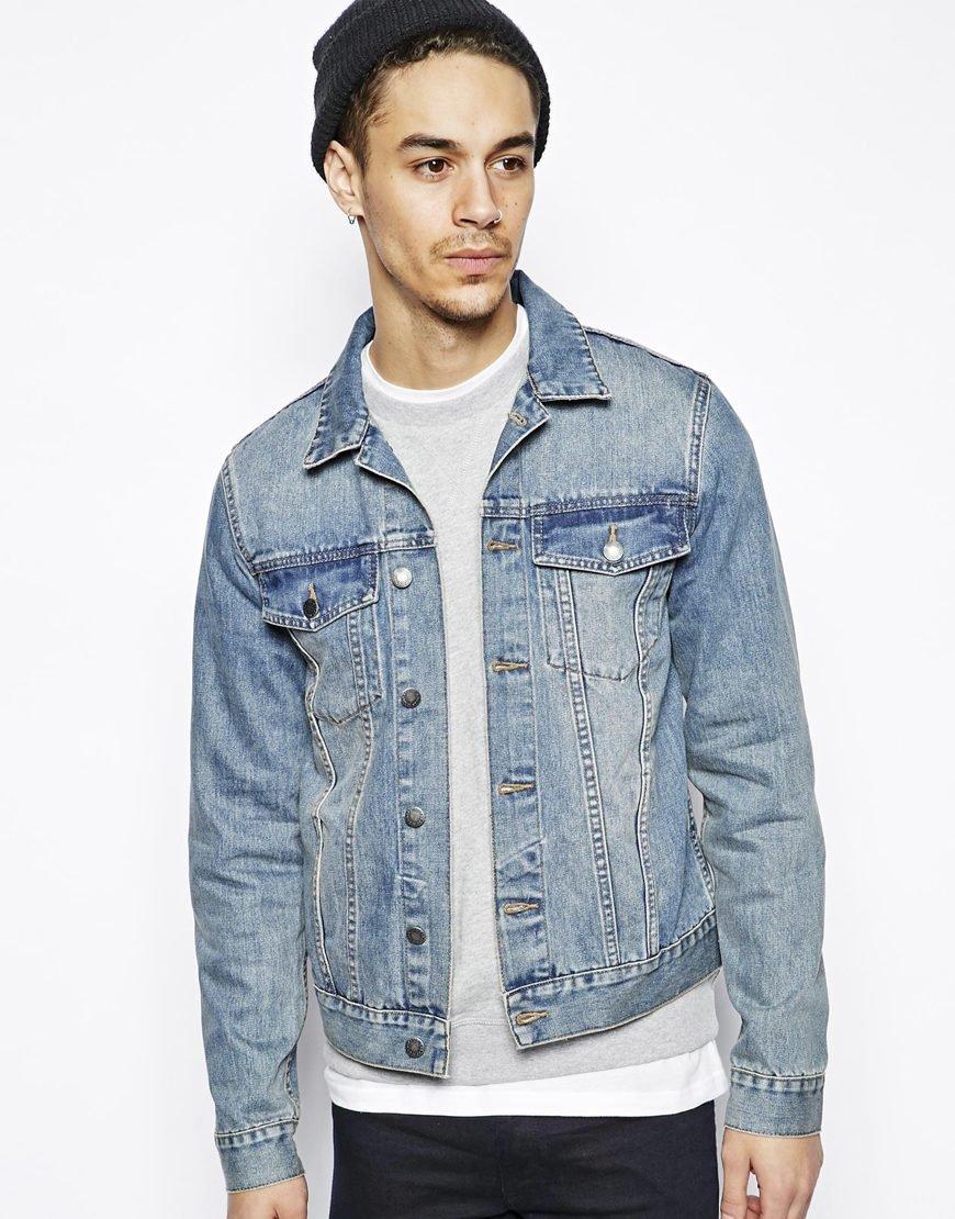 селе с чем носить мужскую джинсовую куртку фото сидит