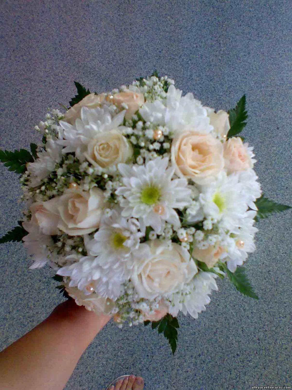 Букет свадебный из роз и хризантем, букет роз доставкой