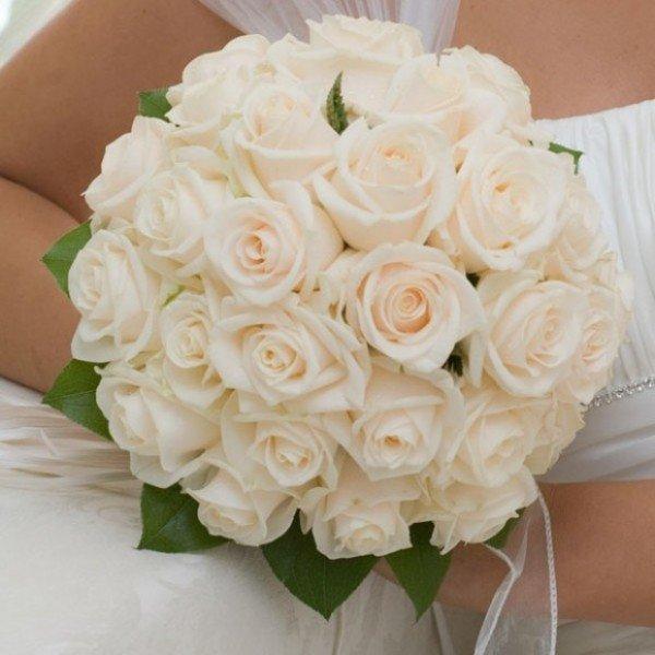 Цветы стерлитамаке, букет из белых роз свадебный фото
