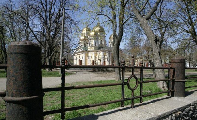 Алексеевский сквер.