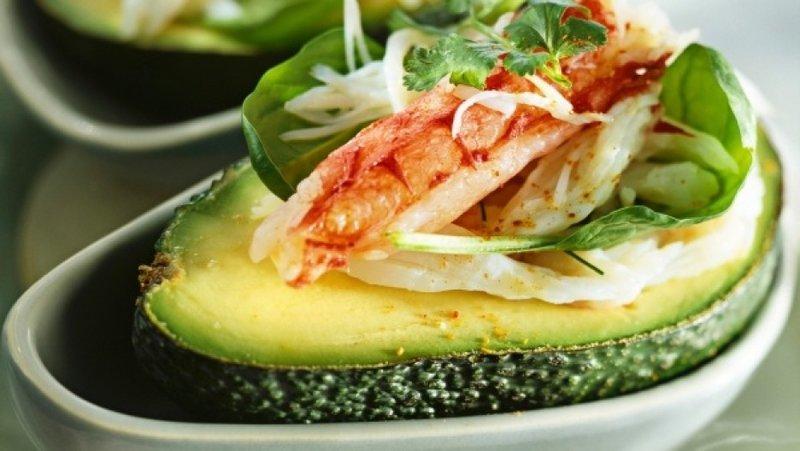 Рецепт салата с крабами и авокадо рецепт