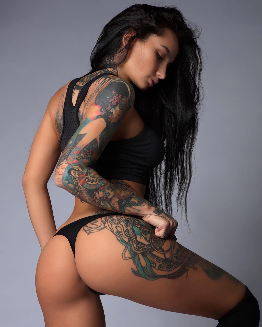 Nude girl tattoo designs — img 13