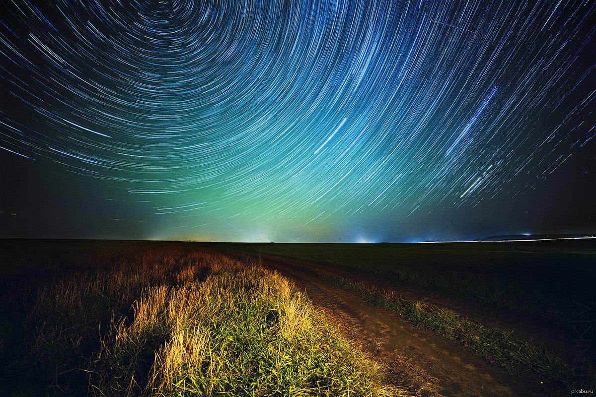 важно выбрать фото звездного неба с большой выдержкой известен