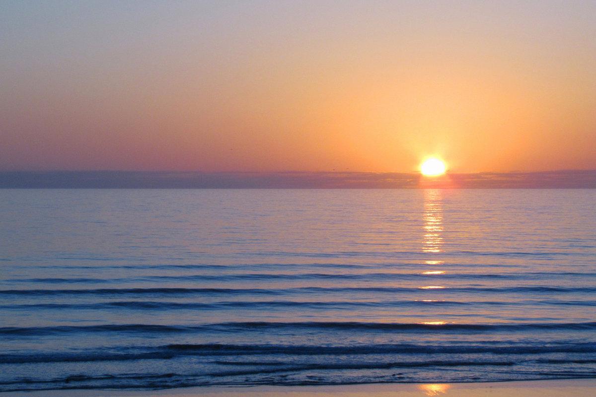 Картинка с рассветом на море, рождения