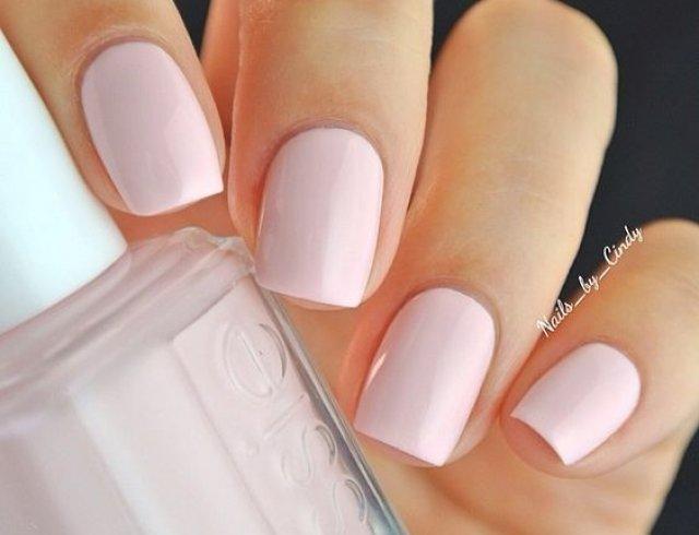 Делимся самыми красивыми идеями розового маникюра!