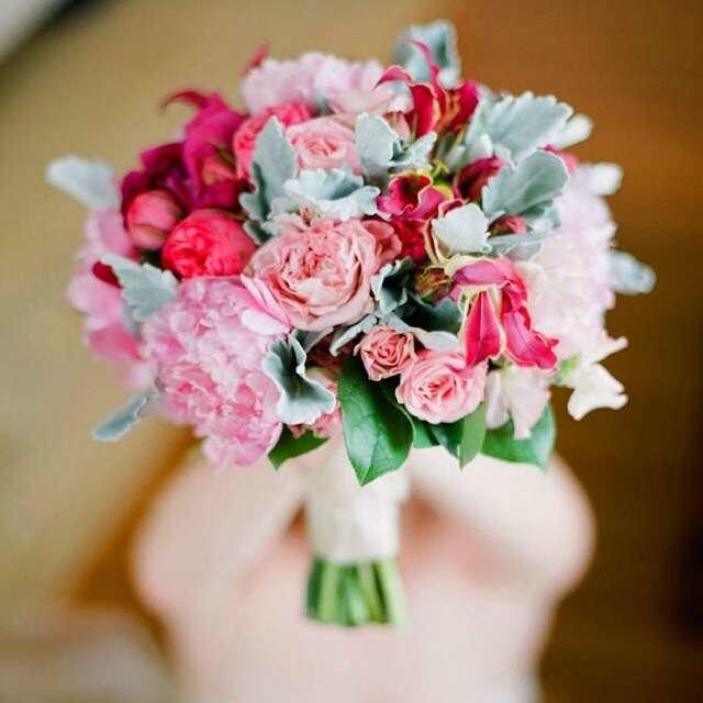 Букет невесты с малиной, цветов почтой