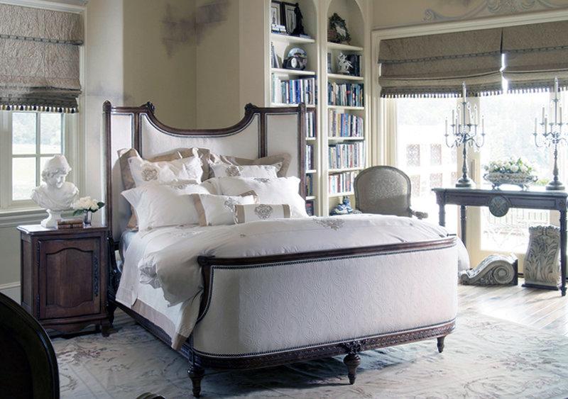 Современная спальня в стиле маньеризм