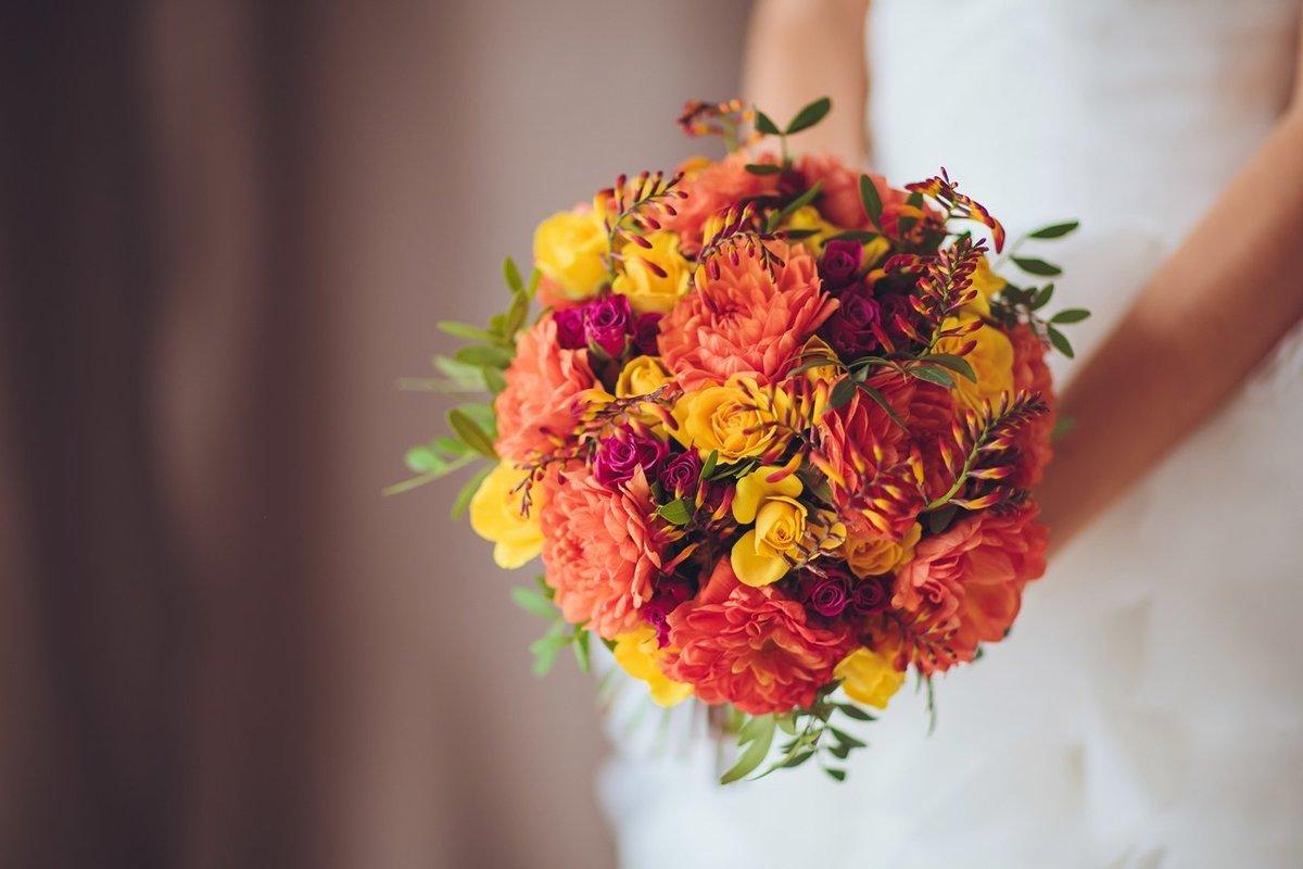 очень свадебные букеты для невесты осенние фото заказа авиа