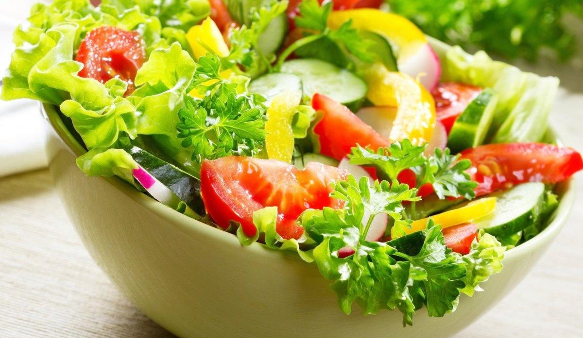 Картинки салатов из сырых овощей