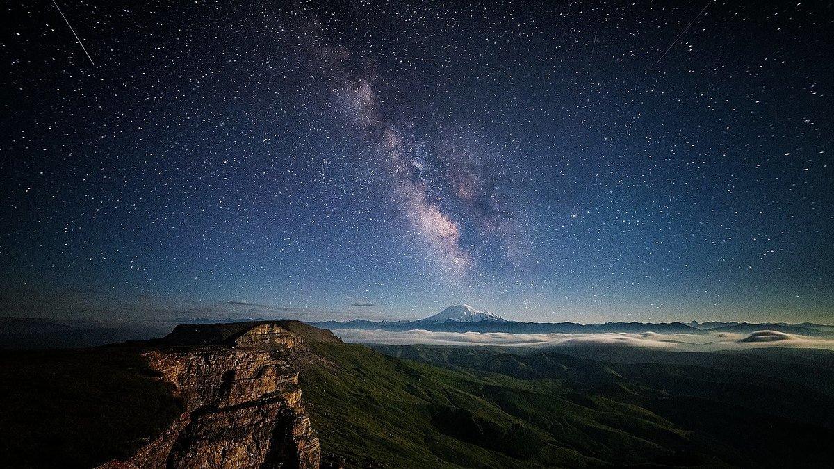В картинках звездное небо, картинки грибники открытка