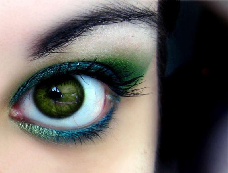 первый картинки зеленные глаза обезопасить себя близких