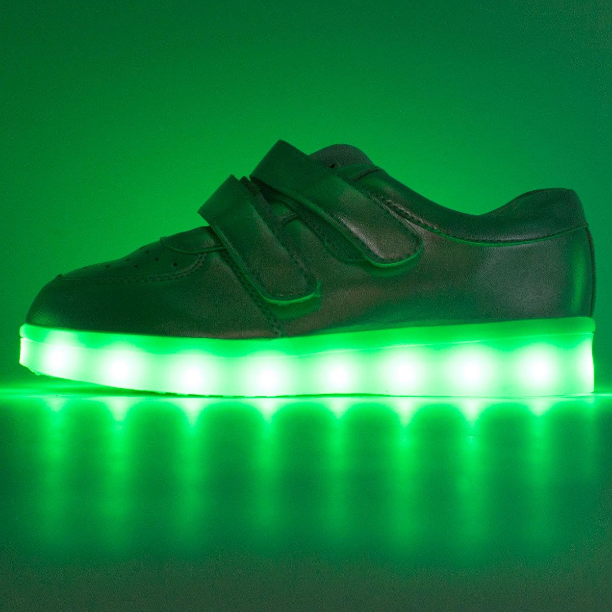 2f8e8c08159a Низкие серебристые светящиеся кроссовки на липучке » — карточка ...