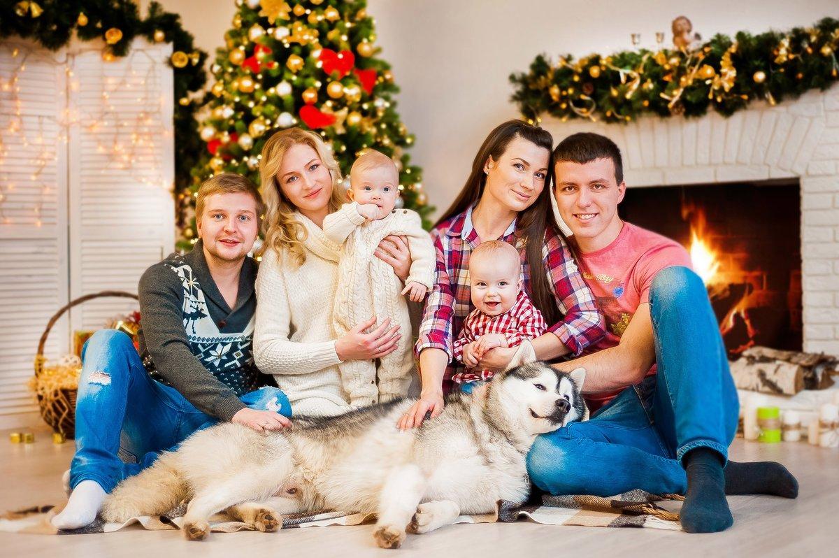 Картинки новогодняя семья