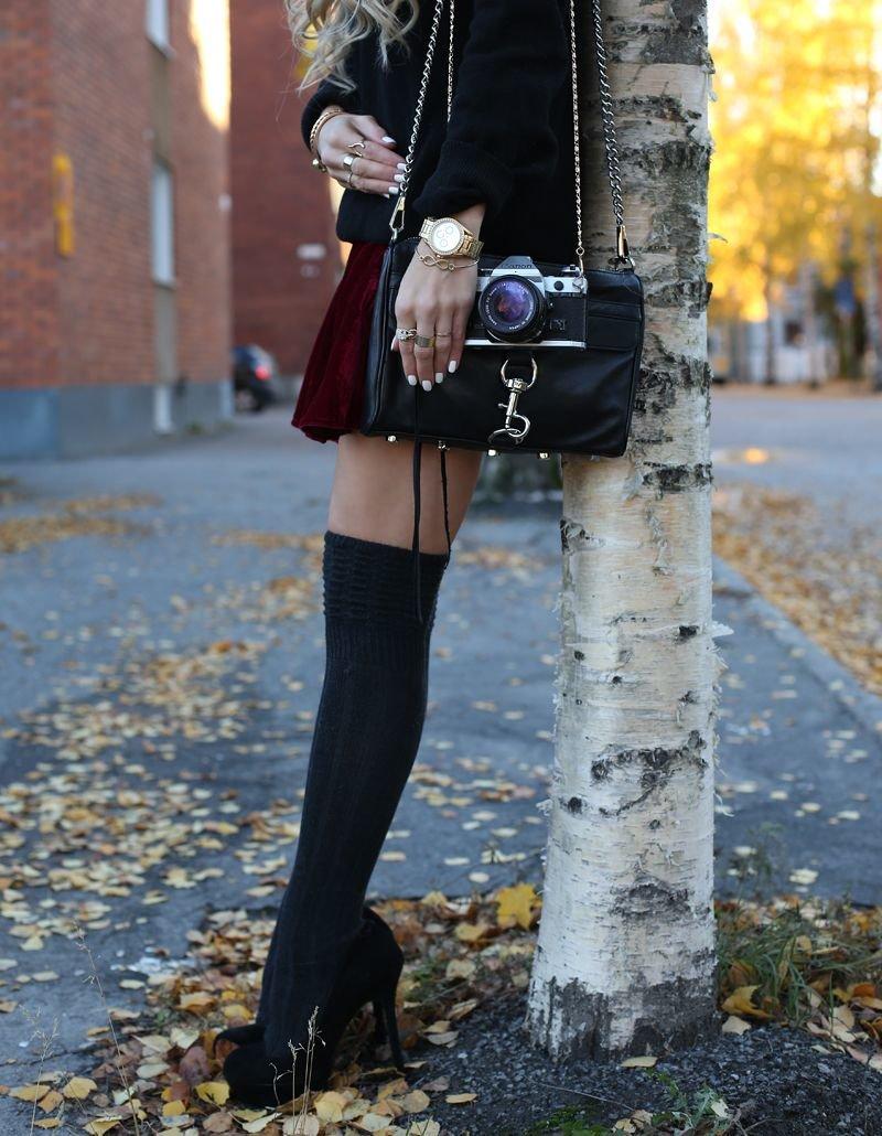 Чорни чулки как носить на улитсия девушке видео #3