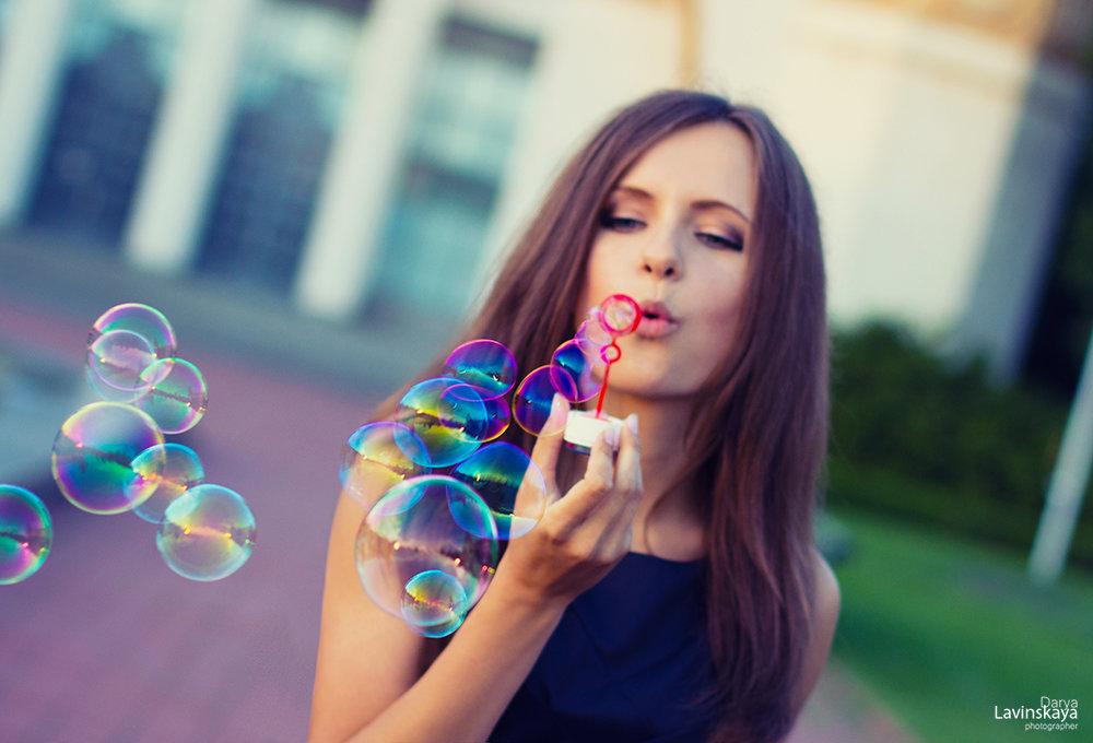 фото с мыльными пузырями на улице идеи неё полном объёме