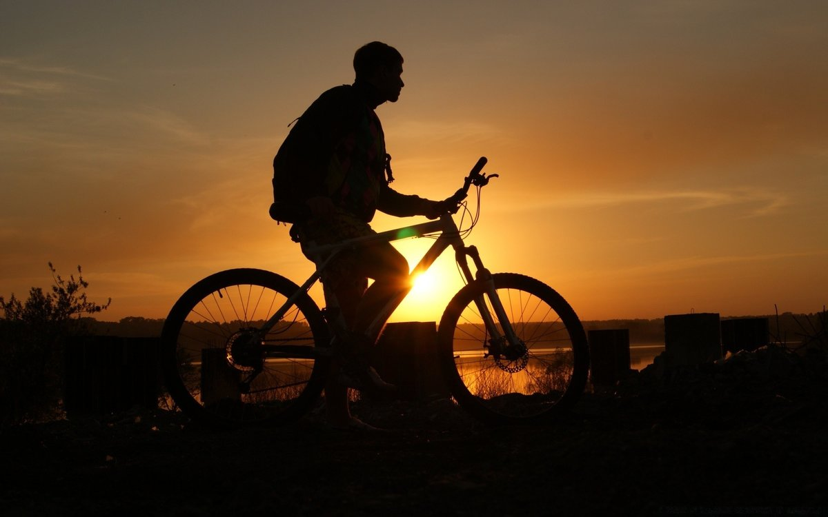 На Селигере сбили 14-летнего велосипедиста