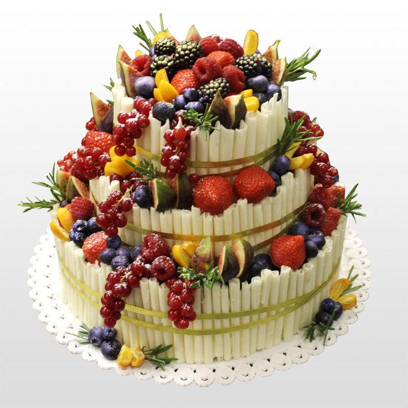 Кстати, ягоды - тоже вполне себе фрукты, поэтому всё сказанное выше относится и к ягодам.