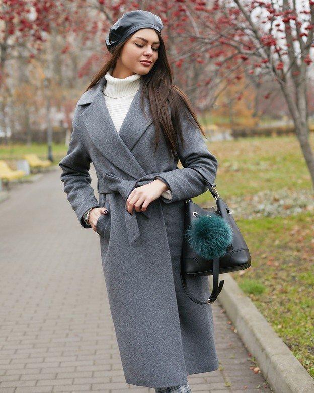 С чем носить серое пальто: 20 стильных образов изоражения