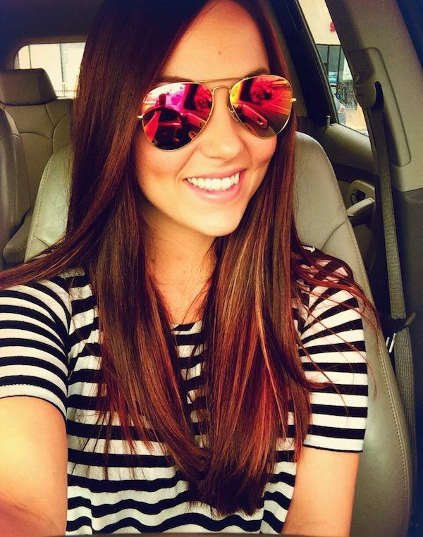 Подборка фотографий очаровательных девушек в солнцезащитных очках. Подборка  фотографий очаровательных девушек в солнцезащитных очках. ea685c1d764