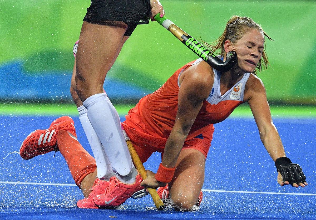 Фото приколы в спорте с девушками