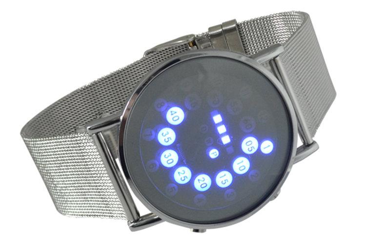 Мужские наручные часы с лед подсветкай